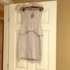 BCBG STRAPLESS DRESS SIZE 0